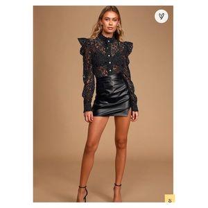 NWT Lulus BlackWhite Lace Button-Up Polka Dot Top